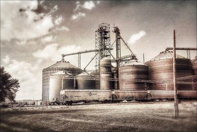 Cover art for (Podcast) Episode 025: Overview of 2017/18 Grain Elevators Markets