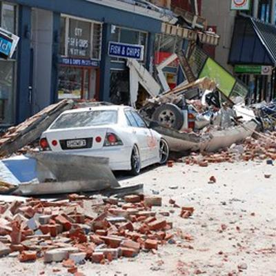 Cover art for Interview David MacGregor: What can surviving an earthquake teach us about navigating COVID-19?