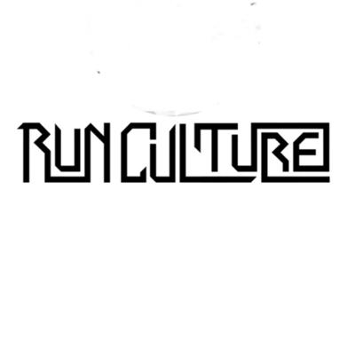 Welcome to the Run Culture Podcast! If you Utterly love all things running, then this one is for you! My name is Dane Verwey, I am an experienced running physiotherapist and distance runner of 20 plus years. In this podcast I interview people in my running world that I find interesting in a hope that you guys will too! I interview runners, coaches, athletes I coach (the runculture owls), detail my own running and other health professionals in a bid to help the running public continue to learn and grow!