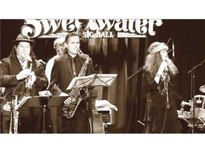 Cover art for A Swinging Coaches' Corner with Roberta Donnay