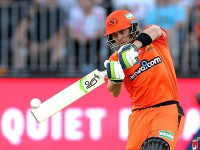 271: #BBL10 DAILY PODCAST: Josh Inglis sees Scorchers against Strikers to secure first Perth win