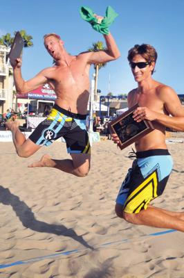 Cover art for Mike Placek: Diving deep into college beach volleyball